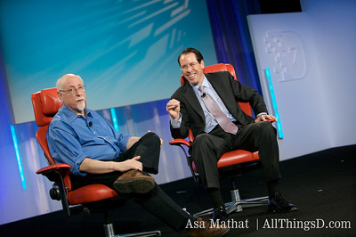 Randall Stephenson and Walt Mossberg on-stage at D7