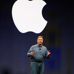 Phil Schiller signs off a the MacWorld 2009 keynote by thanking Apple employees worldwide.
